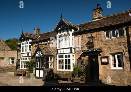 UK, Derbyshire, Edale, The Old Nag's Head pub, official starting point of the Pennine Way long distance path