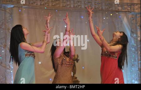 north london heat of uk bollywood dance championships 2008 - Stock Photo