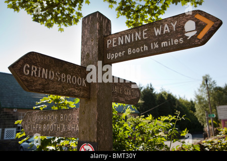 UK, England, Derbyshire, Edale village, wooden signpost at official starting point of the Pennine Way - Stock Photo