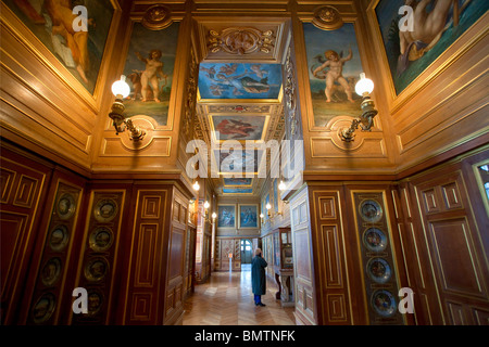 FRANCE, FONTAINEBLEAU CASTLE, THE PLATES GALLERY - Stock Photo