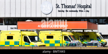 Ambulances at hospital entrance for Accident & Emergency department - Stock Photo