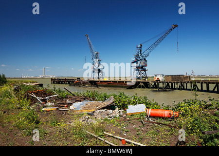 Decommissioned industrial site at Coal Wash Wharf, Sheppey. - Stock Photo