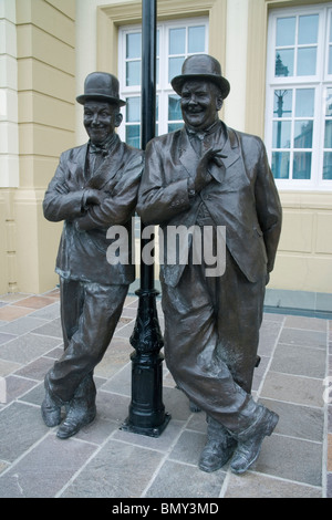 statue of laurel and hardy in ulverston cumbria - Stock Photo