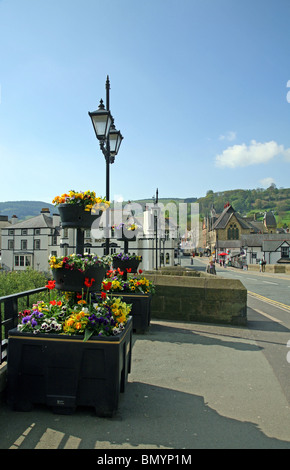 View across the 14th century bridge which spans the River Dee at Llangollen - Stock Photo
