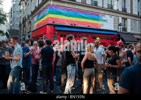paris france gay district