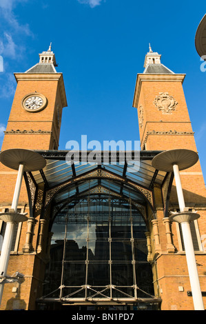 Liverpool Street railway station entrance, London - Stock Photo