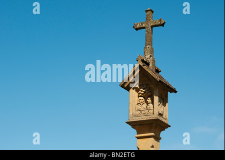 The Market Square Cross, Stow On the Wold, Cotswolds, Gloucestershire, England - Stock Photo
