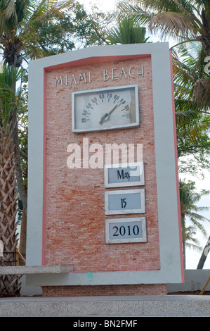 Art Deco Clock On Ocean Drive In South Beach Miami