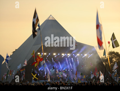 Stevie Wonder on the Pyramid Stage at Glastonbury 2010 - Stock Photo