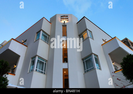 An old building in Bauhaus architecture style in Gordon street downtown Tel Aviv Israel. Tel Aviv is a UNESCO World - Stock Photo