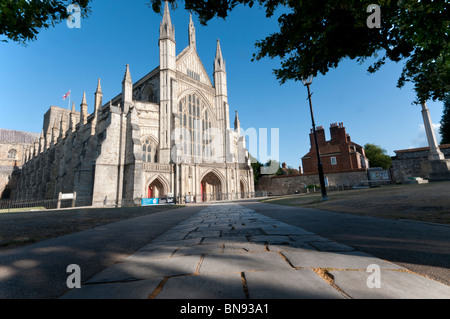 Winchester Cathedral West door in summer - Stock Photo