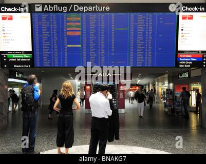 Check-In Terminal 1 for International Departures, Zurich Kloten Airport (ZRH/LSZH) Switzerland CH - Stock Photo