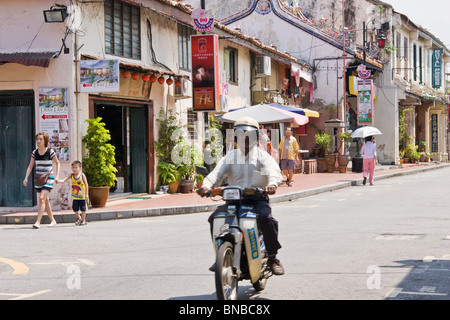 Street scene in Jalan Hang Jebat,, formerly known as Jonkers Street , Famous street in Melacca for antiques - Stock Photo