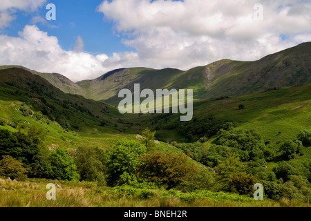 The Troutbeck River Valley, with Ill Bell on the right, followed by the Park Fells. Lake District, Cumbria - Stock Photo