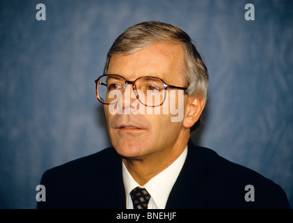 Sir John Major, KG, CH, ACIB (born 29 March 1943) is a British politician, who served as Prime Minister of the United - Stock Photo