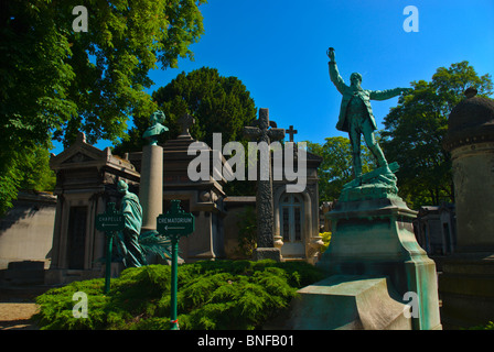 Cimetiere du Pere-Lachais 20th arrondissement Paris France Europe - Stock Photo