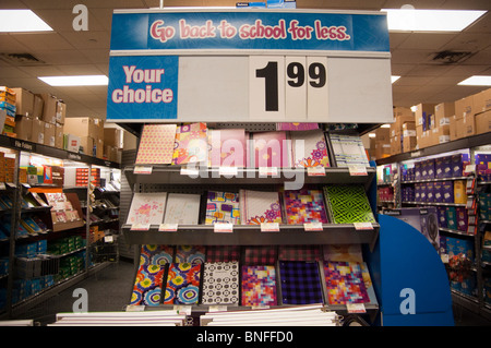 Exceptionnel ... Back To School Supplies Are Seen In A Staples Office Supply Store In  New York
