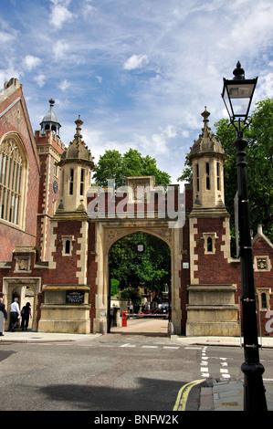 The Gate House, Lincoln's Inn, Holborn, London Borough of Camden, Greater London, England, United Kingdom - Stock Photo