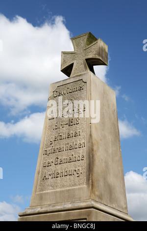 The first world war memorial cross at Artlenburg in Niedersachsen, Germany - Stock Photo
