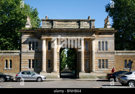 Entrance to the Brompton Cemetery on the Old Brompton Road, West Brompton, London, UK - Stock Photo
