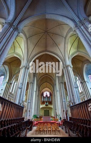 Europe france vienne 86 st savin abbaye st savin for Vienne poitiers