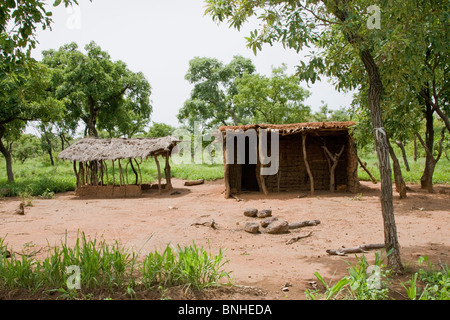 Abandoned homestead in the Gonja triangle, Damango district, Ghana. - Stock Photo