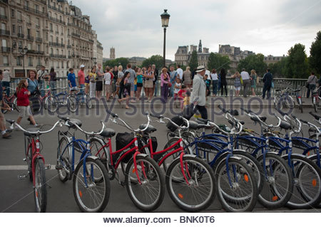 adult bicycles tours