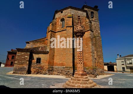 Spain, St. James Way: Church Santa Maria in Boadilla del Camino - Stock Photo