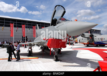 Italian Air Force Eurofighter typhoon on display at the Farnborough Airshow 2010 - Stock Photo