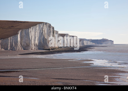 Coastguard cottages at Cuckmere Haven, Seaford, overlooking part of the Seven Sisters cliffs range, East Sussex, - Stock Photo