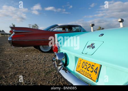 Classic car motor vu drive in dallas oregon usa cinema for Motor vu drive in dallas oregon