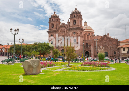 The Church of La Compania de Jesus on the Plaza de Armas in Cusco, Peru, South America. - Stock Photo