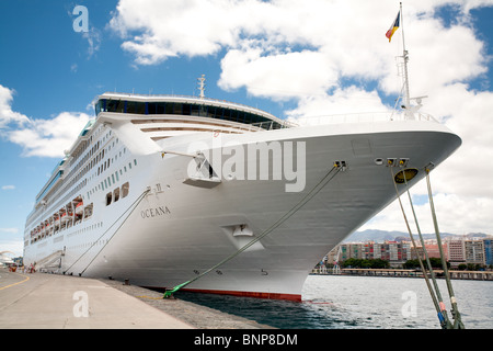The Starboard Starboard Side Bow Of The Oceana Cruise Ship PO - Port or starboard side of cruise ship