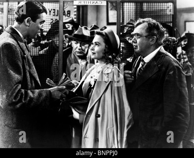 It 39 S A Wonderful Life 1946 Thomas Mitchell Carol Coombs Donna Stock Photo Royalty Free