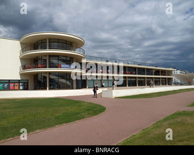 The recently refurbished modernist De La Warr Pavilion Bexhill on sea Sussex - Stock Photo