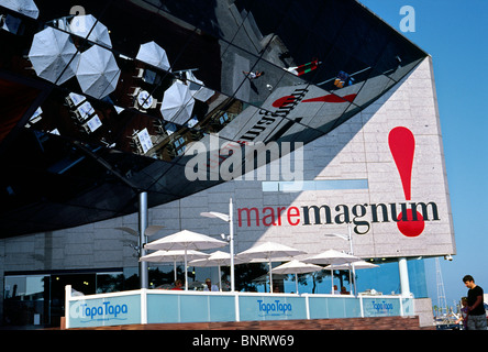 Mare Magnum shopping mall at Port Vell in Barcelona. - Stock Photo