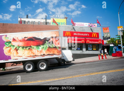 May 31, · McDonalds is launching delivery service in New York and throughout the Tri-State area on Wednesday, the Daily News has exclusively learned.