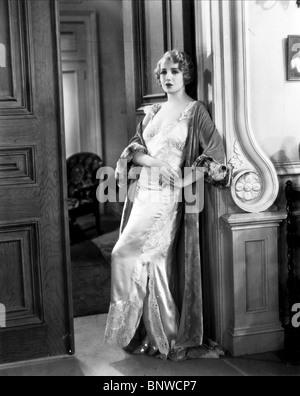 BEBE DANIELS THE MALTESE FALCON ; DANGEROUS FEMALE (1931) - Stock Photo