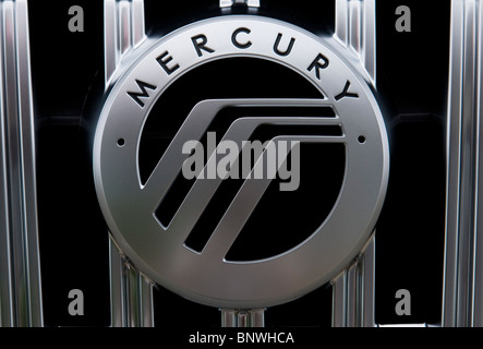 A Mercury Car Dealership In The Process Of Closing Stock Photo