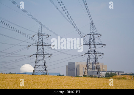 Electric pylons running to Sizewell nuclear power station in Suffolk. - Stock Photo
