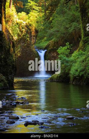 Punchbowl Falls on Eagle Creek, Oregon - Stock Photo