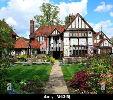 Beautiful Tudor Beam house and garden in London. - Stock Photo