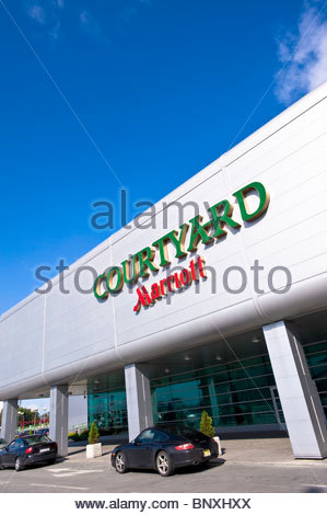Courtyard By Marriott Warsaw Airport Hotel
