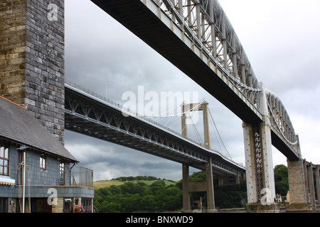 River Tamar rail and road bridges from river level. - Stock Photo