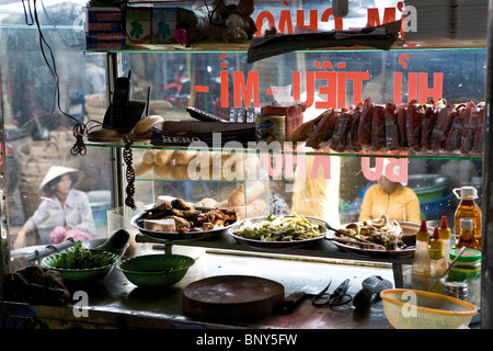 Restaurant kitchen in Cai Rang quarter of Can Tho city, Vietnam - Stock Photo