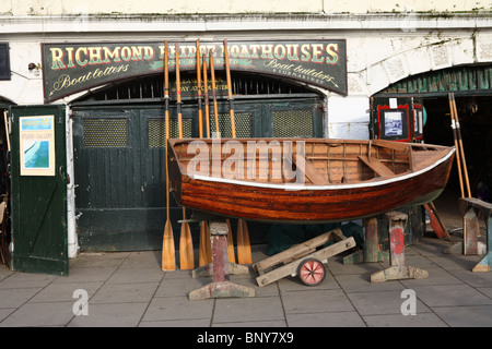 Richmond Bridge Boathouses, Richmond, London, TW9. - Stock Photo