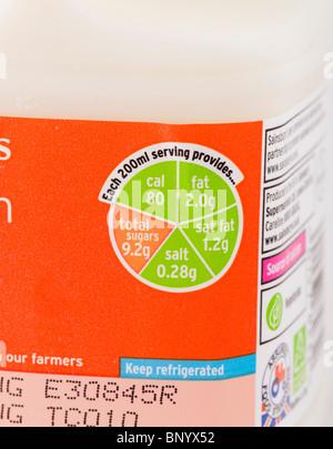'Traffic Light' label on a carton of Sainsbury's low fat milk - Stock Photo