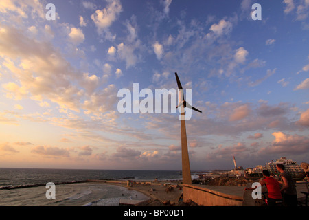 Israel, Tel Aviv-Yafo, the Pilots Memorial in Ha'atzmaut park - Stock Photo