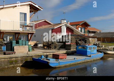 France, Aquitaine, Gironde, Bassin d'Arcachon, La Teste de Buch, oyster farming village - Stock Photo