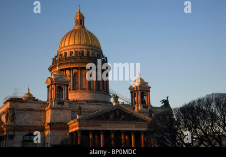 Russia, St.Petersburg; The majestic St.Isaac's Cathedral in the evening light - Stock Photo